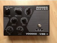 Roger Mayer Voodoo Vibe Plus + guitar effect pedal