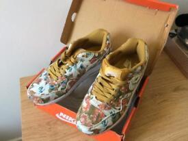 Nike Air New