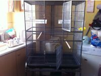 huge bird / parrot cage for sale £75 as new condition