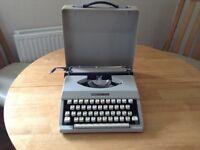 Boots PT400 portable typewriter