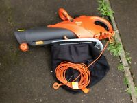 USED ONCE LATEST MODEL FLYMO 3000W SCIROCCO GARDEN VACUUM LEAF BLOWER