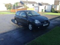 05 Renault Clio 1.5 dci black 11 month mot low tax £30 low miles 72000 £795