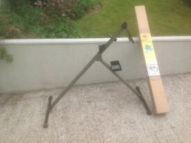 Used folding bike work stand in good condition