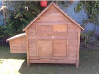 Chicken coop/ small animal hutch