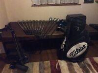 Spading oversized golf iron set, fazer 1, 3 and 5 woods, incl. Titleist golf cart bag and trolley
