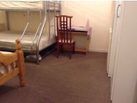Bed to let in roomshare with Romania & Italian boy in flatshare at Leicester Square