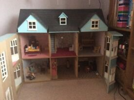 Good condition large dolls house