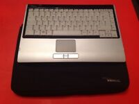 Fujitsu Wireless Keyboard - Immaculate condition, comes with a case