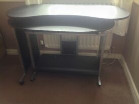 Computer table,opens up into work station ,sliding keyboard tray black in colour