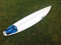 "Surfboard 6'5"", Chilli."