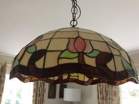 Tiffany style large lampshade with ceiling rose and chain