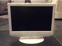 """19"""" TV DVD Combi. Technika LCD. Inputs HDMI SCART VGA S Video and RGB"""