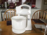 KENWOOD HAND OR STAND FOOD MIXER