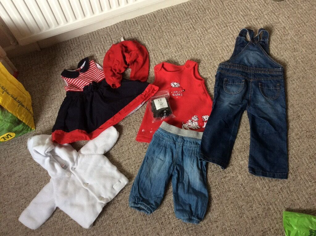 BUNDLE CLOTHING INCLUDING JOULES FLUFFY JACKET 3-6 months