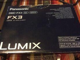 Panasonic DMC-FX3 digital camera and case
