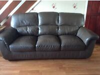 Leather settee and chair chocolate/mink colour