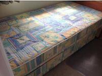 Single Bed with single trundle bed that stores underneath. Bedding, Duvet, protector and throw