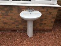 Hand basin/sink