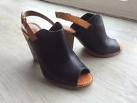 Clark's shoes size 5, black, used