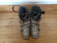 Ski boots men's size 7