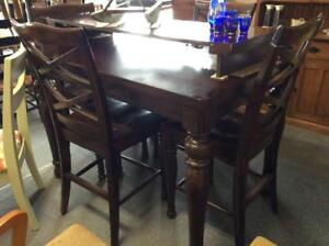 London Pub Table And 4 Chairs