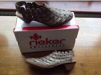 Lady's Rieker Antistress Shoes