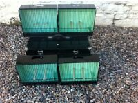 Gloster show cages