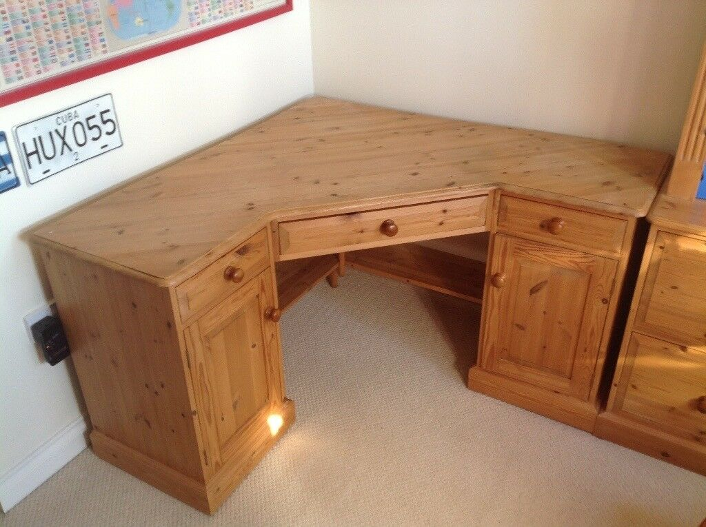 Solid Pine Corner Desk In Grantham Lincolnshire Gumtree