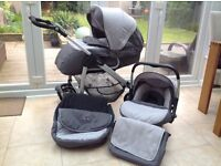 Silvercross linear freeway travel system, excellent condition. Pushchair, carrycot, car seat,