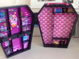 Monster High items
