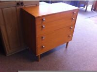 GOOD CONDITION!!! 4 drawer chest of drawers bedroom furniture