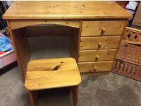 Oak wood desk and chair