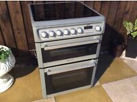 Silver Hotpoint Induction Ceramic Cooker 60cm Wide In Excellent Condition Can Deliver