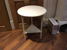 Occasional table, white chalk paint and waxed, freshly painted,