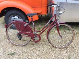 Holland Dutch style classic ladies bicycle
