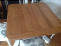 SHABBY CHIC OAK DINING TABLE AND 4 CHAIRS WITH LAURA ASHLEY KIMONO FABRIC SEAT COVERS