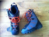 Salomon snowboard boots size 8.5