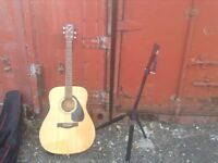 Yahama F310 Guitar, Stand & Accessories