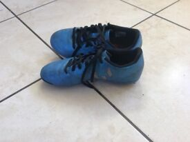 Adidas football shoes (blue) kids UK SIZE 1
