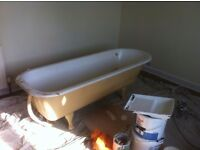 Roll top bath old cast iron