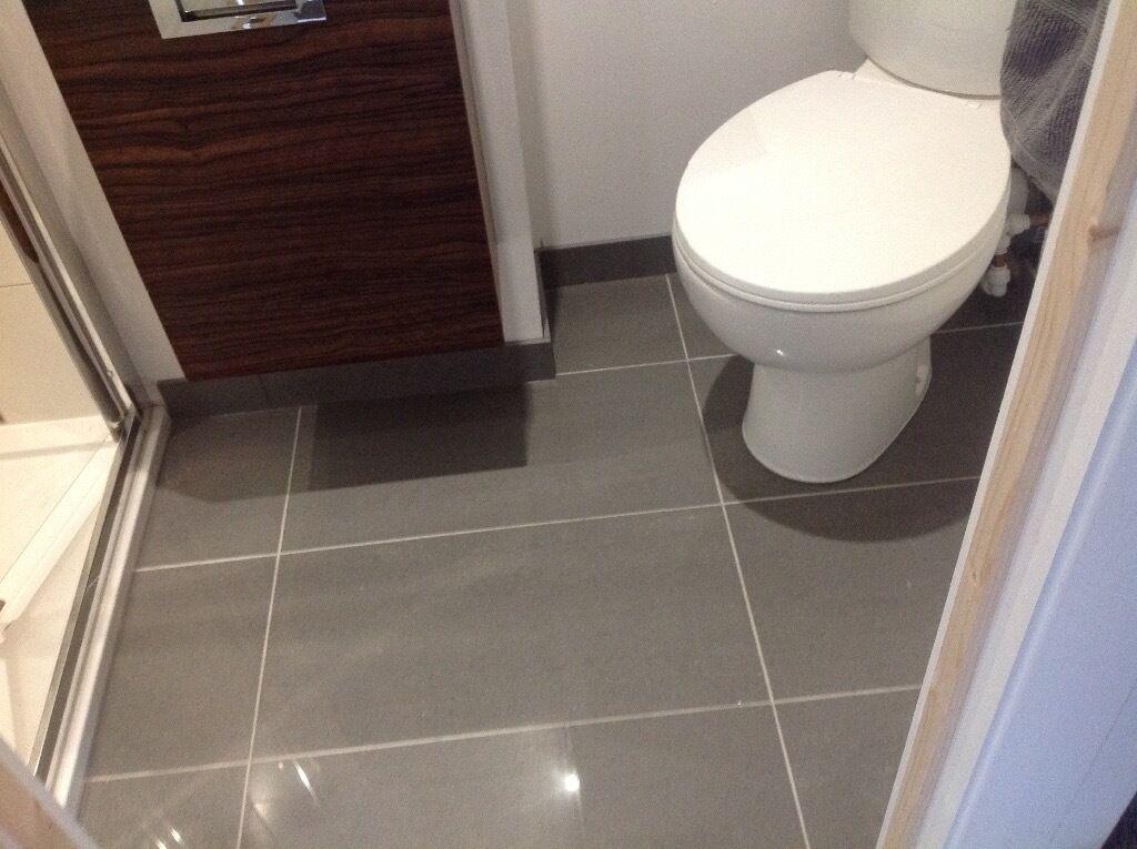Porcelanosa polished grey floor tiles 3 sqm urbatek for Carrelage 30x60 gris