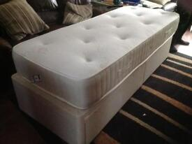 NOW GONE - FREE single divan bed with 2 draws in base with mattress