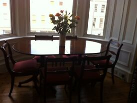 Stunning 1930s Regency style dining table (6-8) and 6 matching chairs