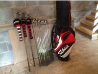 GOLF CLUBS & BAG, TITLEIST - EXCELLENT CONDITION