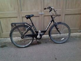 Unisex Minerva town bike, very durable and low maintenance
