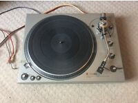 Technics sl1300 turntable . No lid . No offers . May px
