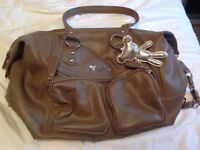 Il Tutto changing bag. Nude.