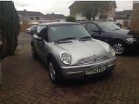 52 Mini Cooper silver n black roof long mot alloys leather £1195