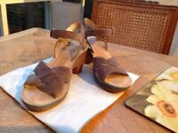 Beige Camper Leather Sandals size 39 Once Worn. £ 30