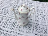 Princess House Fine Bone China Coffee Pot !! Very good condition! no chips lovely flower pattern!!!